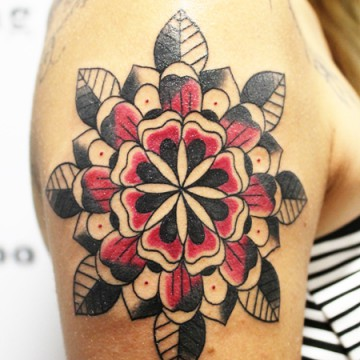 04-tatuaje-color-breaking-art